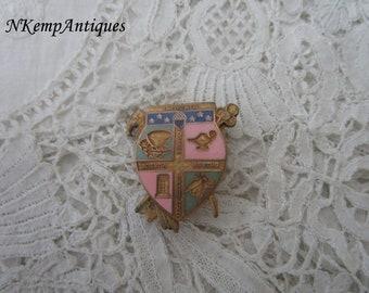 Vintage enamel brooch