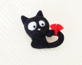 Brooch black cat Needle felted brooch Black kitten Small felt brooch cat Felted animals Needle felted cat pin Halloween brooch