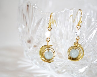 Spinning planet Aquamarine with 24k dangle earrings