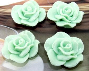 Green Resin flowers 30mm --- 2beads