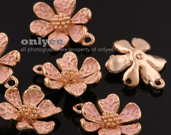 4Pcs -15mmX13mm Gold Plated over Brass Daisy with Enamel Charms Pendant-L.Pink(K643G-B)