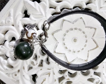Natural leather and stone bracelet