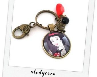 Key ring - bronze - rebel Snow Princess cabochon rebel white