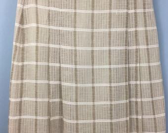 Fantastic Vintage beige check mesh pleated skirt UK 12/14 tartan plaid