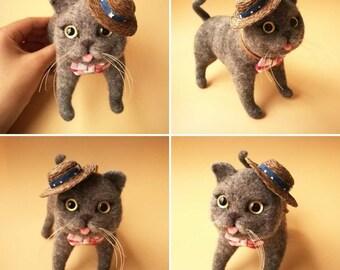 "4""Custom Needle felted realistic blue cat.Miniature Art Sculpture. One of a kind. Wool animal sculpture. Poseable"