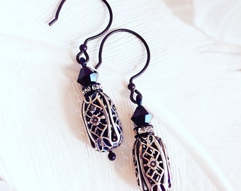 Black Bead Earrings - Antique Earrings - Silver Earrings - SOLENE Black