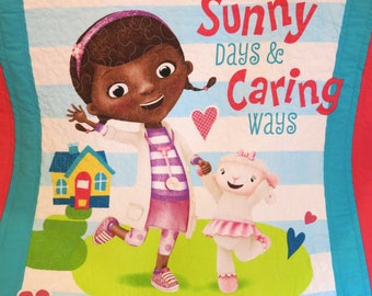 Doc McStuffins quilt, Doc McStuffins blanket, handmade quilt, wall hanging, girl gift, lap quilt, baby bedding, toddler bedding