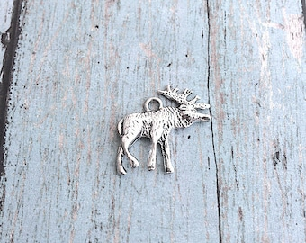 5 Large moose charms (2 sided) antique silver tone - silver moose pendants, Alaska charms, Canada charms, outdoorsy charm, Box 38