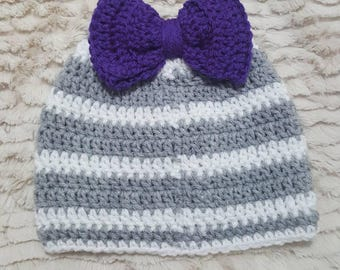 Messy bun/ ponytail crocheted hat