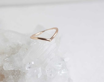 Contour Ring | 14k Recycled Gold | Contour Wedding Band