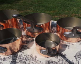 Copper Pans Set of Five Vintage French Copper 1.3-1.7mm Graduated Pans Cast Iron Handles Good Stainless Steel 5750 Made in France Stamped
