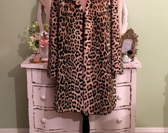Leopard Faux Fur Coat, Thick Winter Swing Coat, ML/L/XL, Wide Bell Sleeves, Luxurious Faux Fur Coat, Traditional Leopard Print Winter Coat
