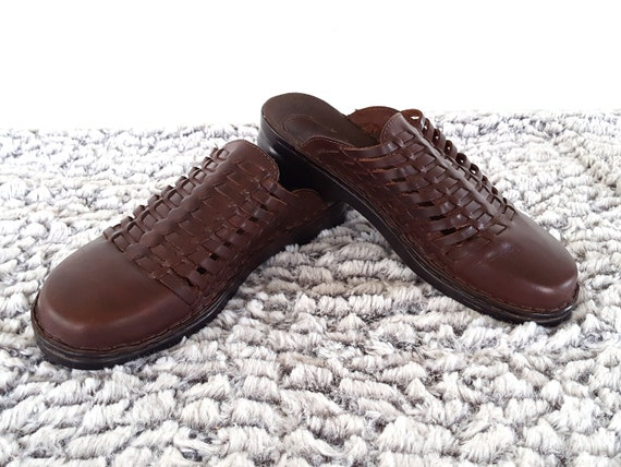 Woven Slip Flats Ons 5 1990s Brown Closed Leather Clogs 90s Casual Size Toe Sandals 7 Boho vwEqP1x7Y