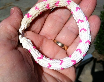 Rainbow Loom HEARTS of HOPE Bracelet In Honor of Breast Cancer Survivors.  A Beautiful Bracelet Made In the 6 Point Hexafish Design. 7 In.