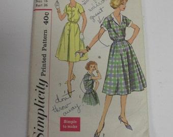 50s Vintage Simplicity Dress Pattern 16