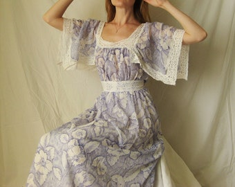 70s Floral and Lace Maxi Dress XS S M