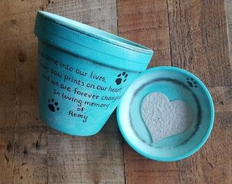 Pet Loss Gift - Dog Memorial - Cat Memorial - Pet Sympathy Gift - Painted Flower Pot - Animal Memorial