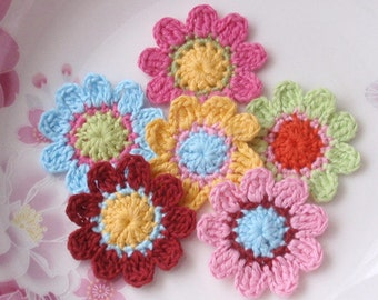6 Crochet  Flowers In 1-1/2 inches YH - 051