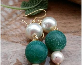Green Earrings Faux pearls dangle earrings Statement Long earrings Girlfriend gift agate earrings green Jewelry Faux pearls charm earrings
