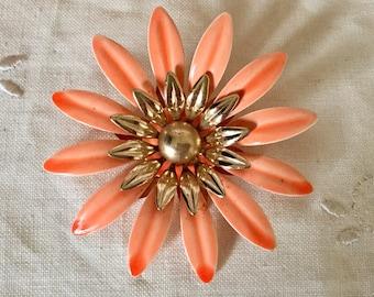 Vintage 1960 signed sarah coventry  enamel flower brooch