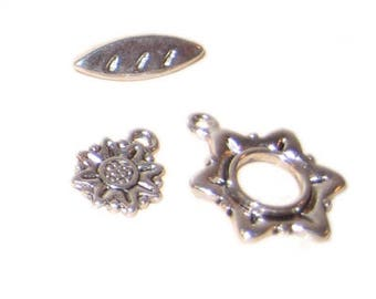 20 x 18mm Antique Silver Toggle Clasp, plus Charm