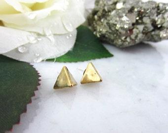 Gold Pyramid Studs - Tiny Pyramid Studs - Pyramid Earrings - Geometric Studs - Pyramid Studs - Gold Stud Earrings - Tiny Studs - Simple Stud