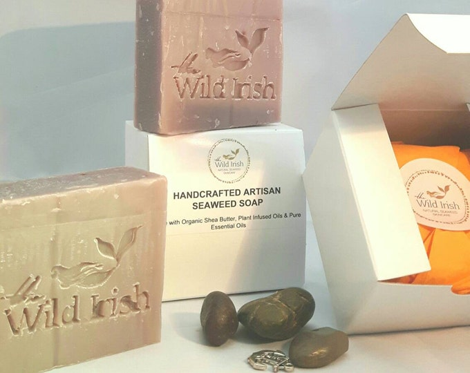 SENSITIVE SKIN SOAP. Lavender with Oat Silk. Vegan. No artificial colours, scents or palm oil.