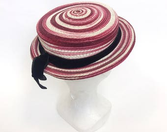 PAULETTE PARIS Vintage 1930s 1940s red and white straw breton hat