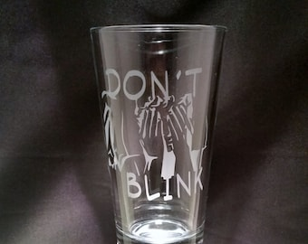 Don't Blink Weeping Angel Inspired Etched Pint Glass  Doctor Who Inspired Glassware Weeping Angel Pint Glass Time And Space