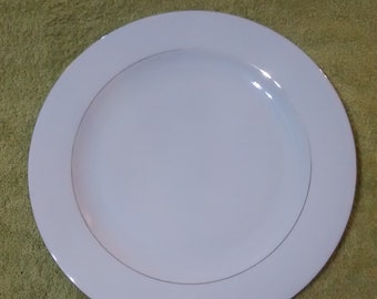 Sakura Classic Gold Pattern Chop Platter