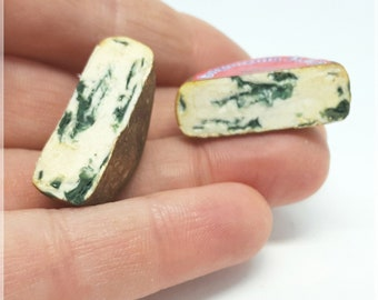 Large gorgonzola cheese