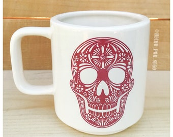 Ceramic mug with custom decal
