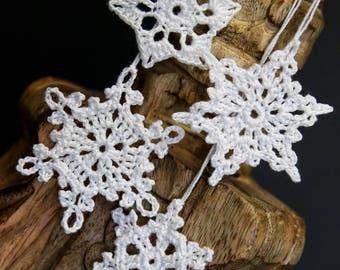 Crochet Snowflake Ornaments- set of 4 (hand crochet)