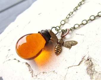 Honey Bee Necklace. Wire Wrapped Briolette Charm Necklace. Honey Amber Necklace. Amber Glass Necklace. Bumble Bee Jewelry. Amber Jewelry