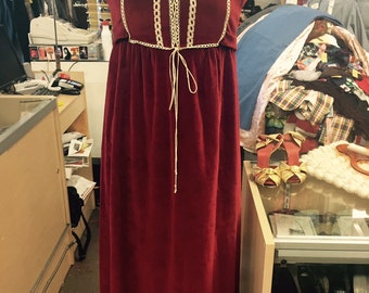 Maxi Dress // Red Velvet // Boho Chic // Bohemian Clothes // Ren Faire // 1970s 70s Clothing // Gypsy // XXS XS Small