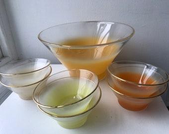 West Virginia Glass Blendo Bowl Set