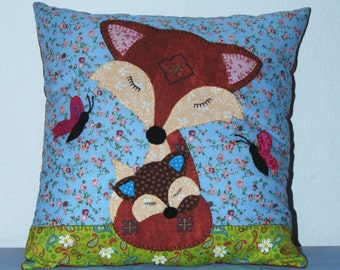Fox and Cub Applique Cushion Sewing Pattern by  Wendy  Wadge