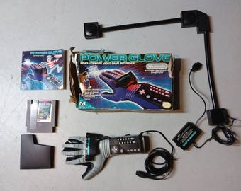 Nintendo Power Glove set with box and game - Tested and working