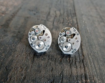 Steampunk Earrings / Clockwork  earrings / watch movement earrings / stud earrings