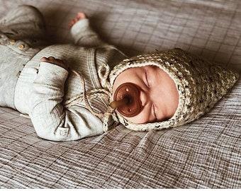 Pixie hat | pixie bonnet | crochet bonnet | 100% acrylic yarn | baby bonnet | toddler bonnet