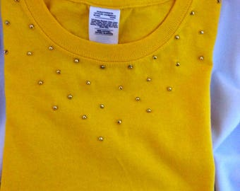 Yellow short sleeve with hand beaded gold bead T-shirt for little girl - Sale.