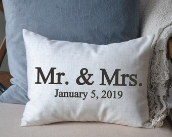 Mr. & Mrs. Cotton Anniversary, personalized gift, 4th anniversary, Linen anniversary, Mr. Mrs. pillow