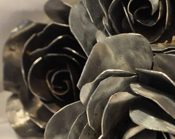 Single Eternal Rose.