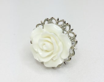 White flower ring etsy white rose ring pretty bridesmaid gift adjustable rose ring white wedding gift white bridal jewellery filigree mightylinksfo