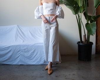 cropped wide leg khaki pants / khaki trousers / US 8 / 28 waist / 3508t / B15