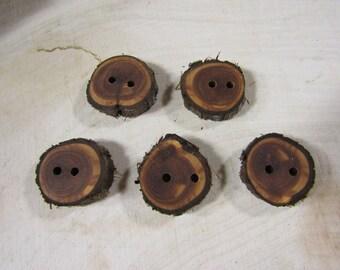 5 small wooden buttons- Juniper (2029)