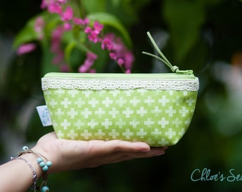 Sprig Green Crosses Pencil Case, Green Zipper Pouch, Green Pencil Pouch, Cosmetic Pouch, Leather Pull, Cotton Lace