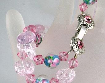 Pink Innocence - Handmade pink glass bracelet