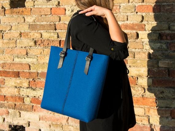 Felt TOTE BAG / leather straps / blue bag / felt womens bag / wool felt bag / felt shopping bag / made in Italy