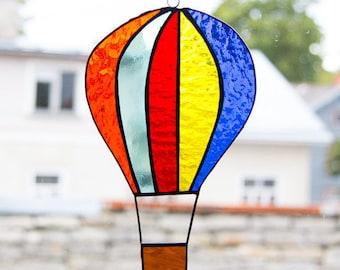 Hot Air Balloon Suncatcher, Tiffany Stained Glass, Window art, Rainbow, Dancing Light